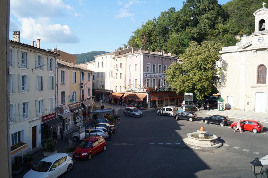 Place Chateauras 26220 DIeulefit